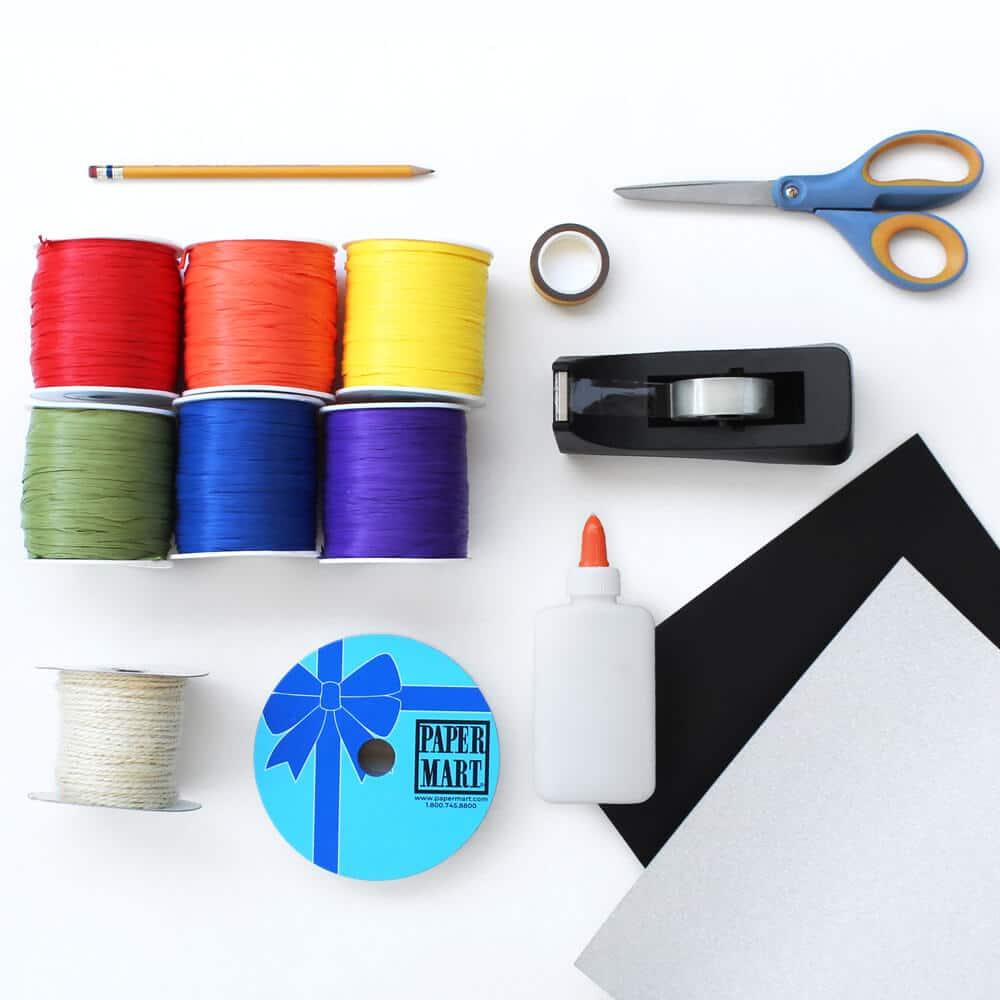 Configuración plana de suministros de artesanía de papel para hacer arte de pared.
